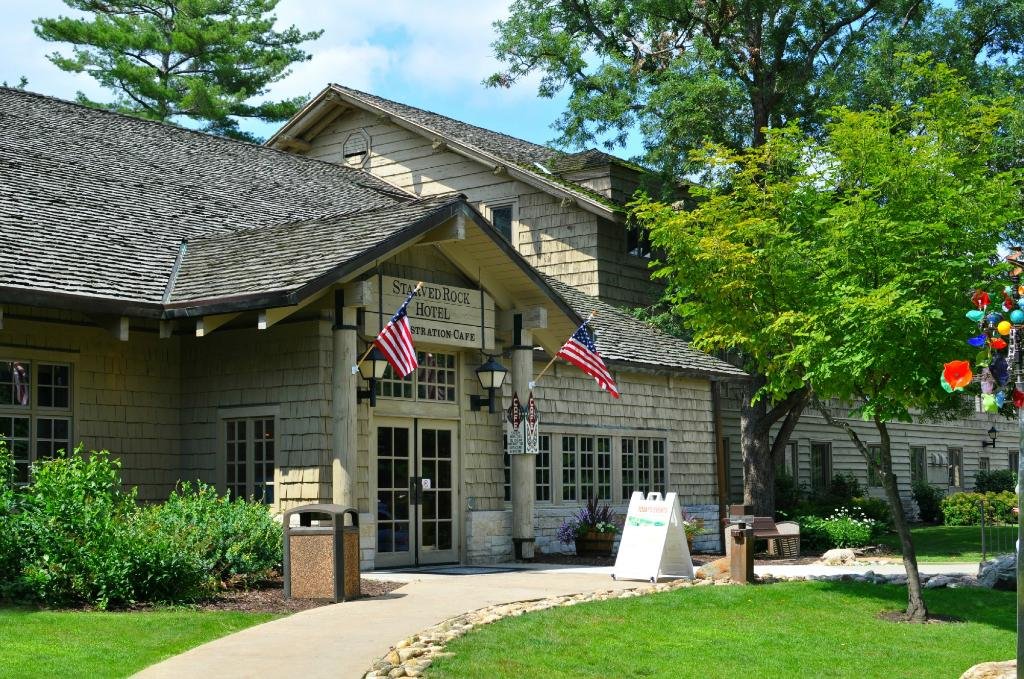 ‪Starved Rock Lodge & Conference Center‬