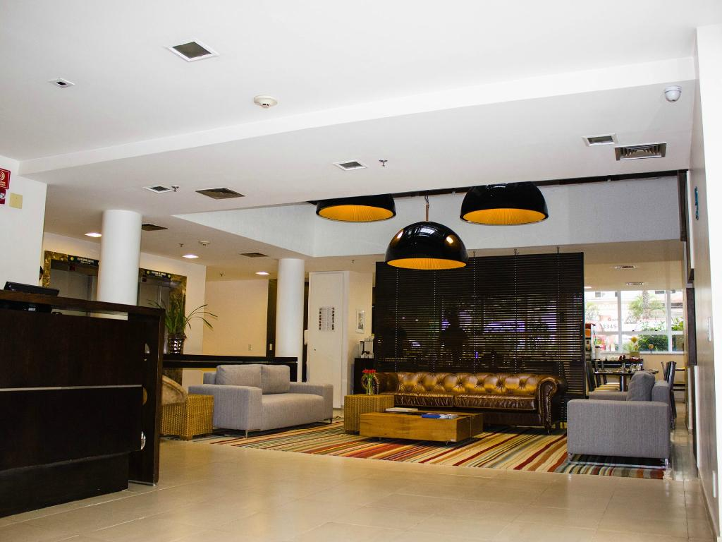 Naoum Hotel