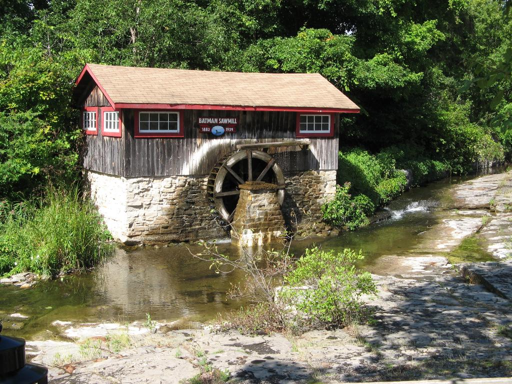 Batman's Cottages & Campground