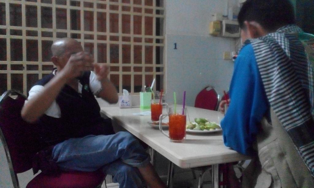 Tasnim Guesthouse & Restaurant