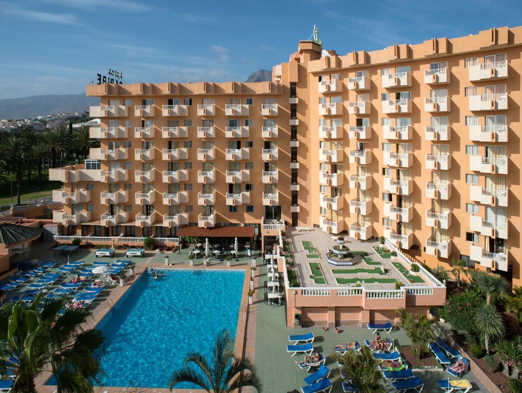 아파트 카리베 호텔
