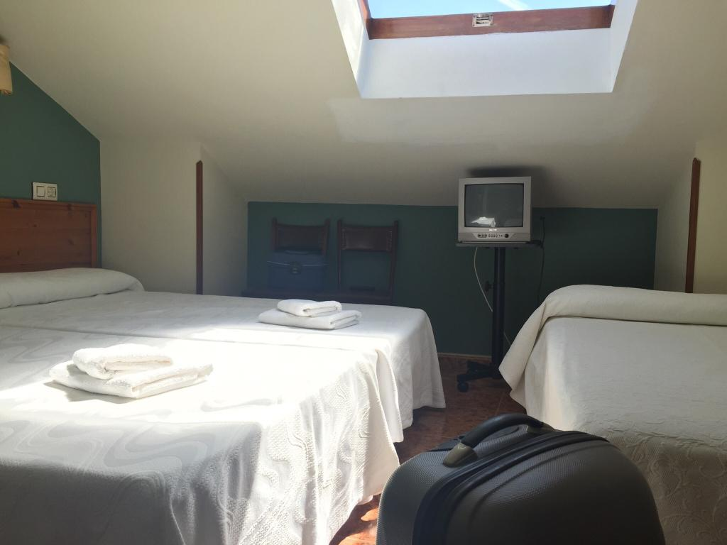 Hotel Hermanos Pilar