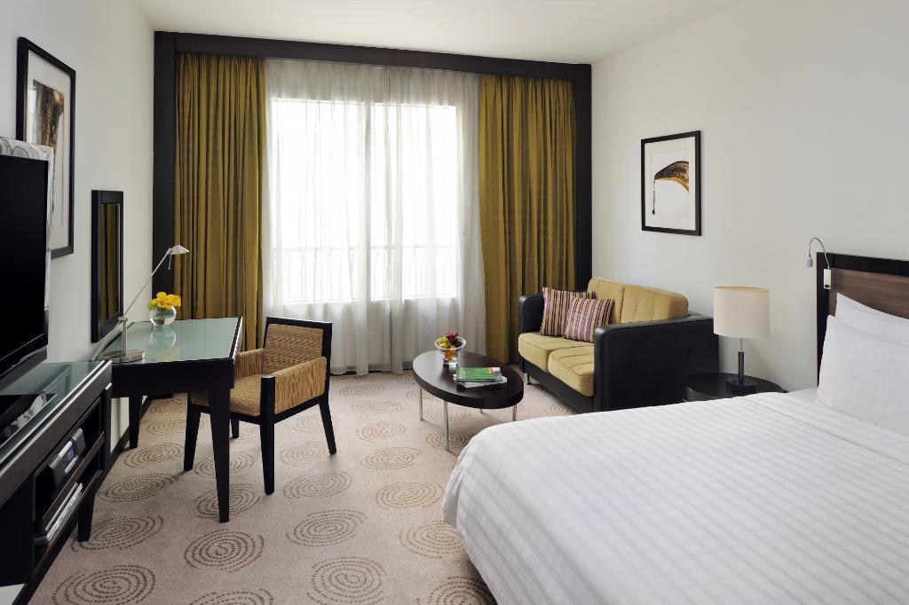 فندق كورال ديرا