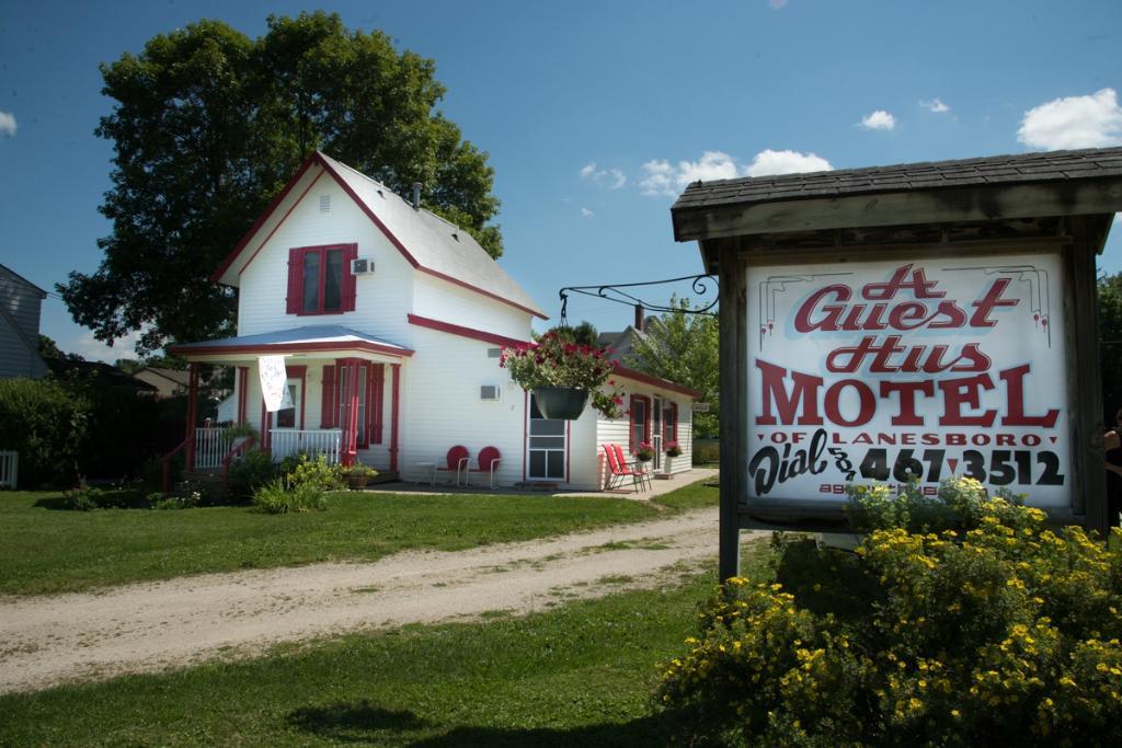 A Guest Hus Motel
