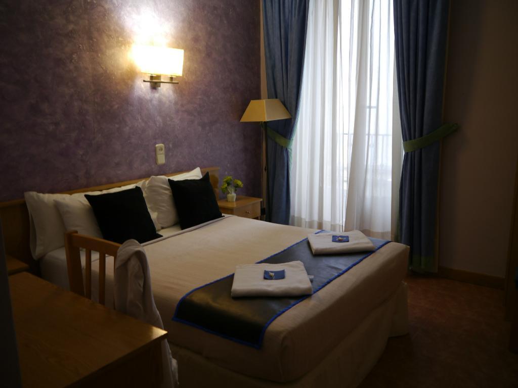 โรงแรมโอสตาล ลาสกอร์เตส
