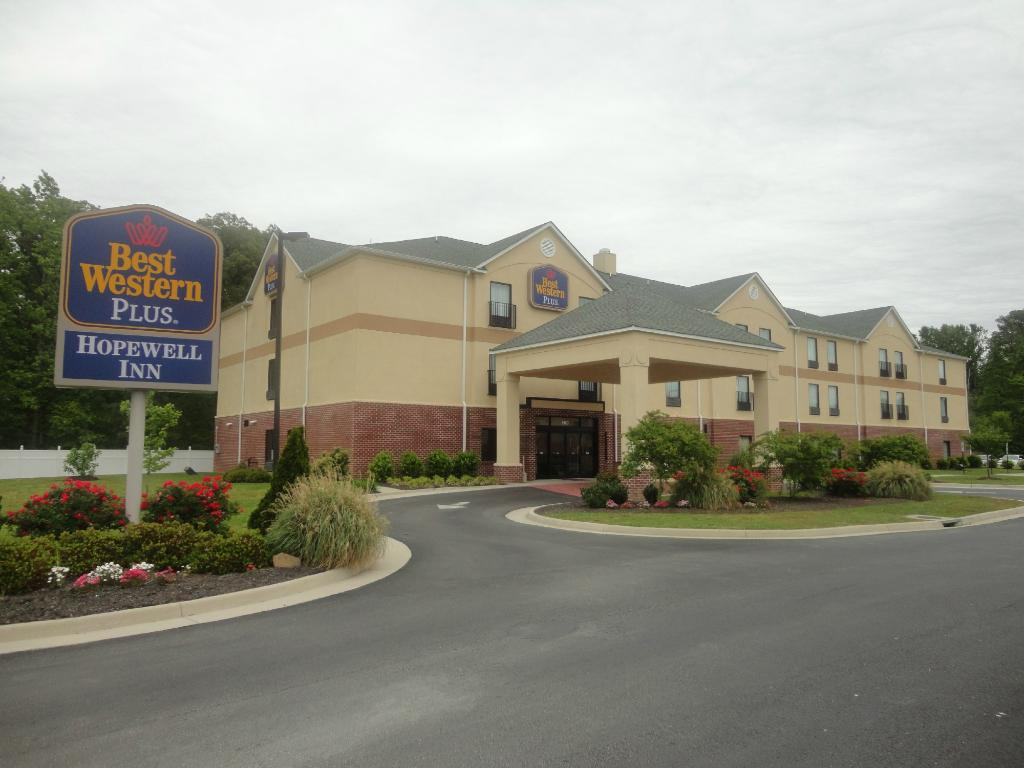 ‪BEST WESTERN PLUS Hopewell Inn‬