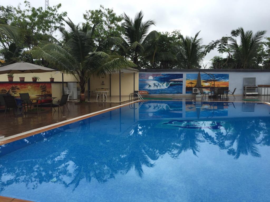 Palm Hotel, Monrovia