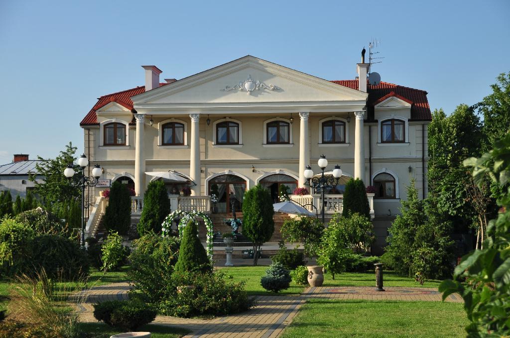 Hotel Palac Akropol