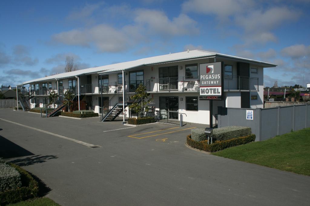 Pegasus Gateway Motel