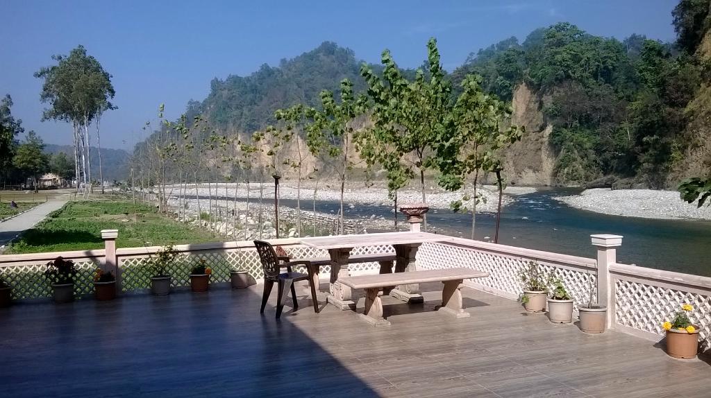 Corbett Riverside Resort