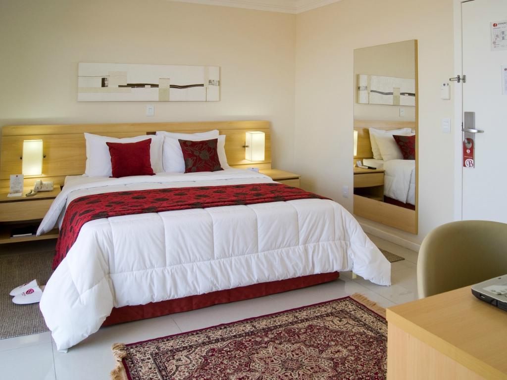Bristol Century Plaza Hotel