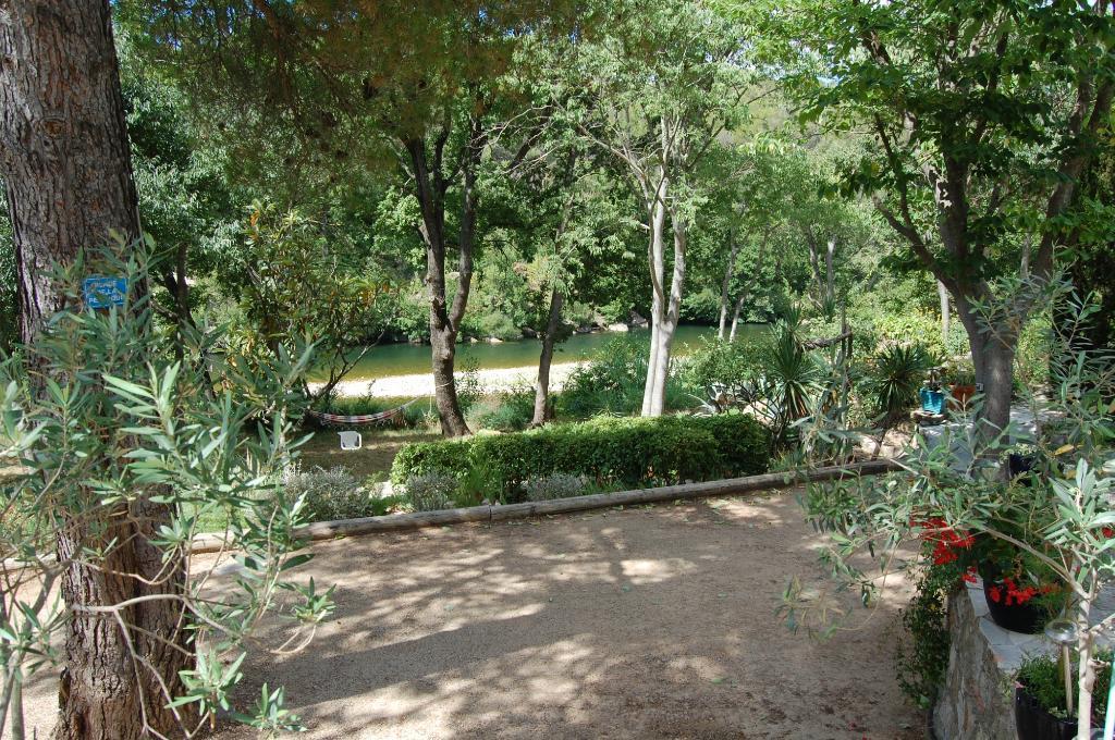 Hacienda des Roucans Guest House
