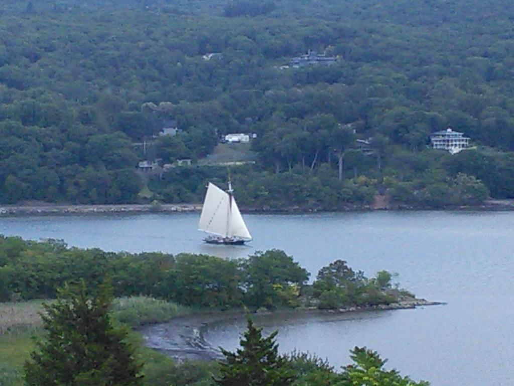 Overlook on Hudson