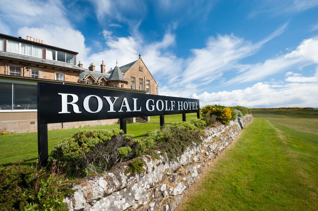 ‪Royal Golf Hotel‬