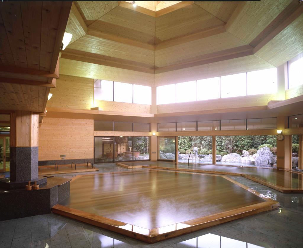 Hotel Sun Valley Izu Nagaoka Honkan