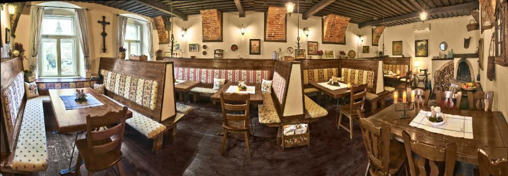 Restaurant & Penzion Villa Regia