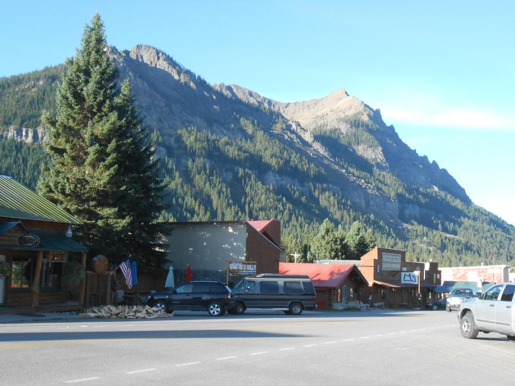 ‪Cooke City High Country Motel‬