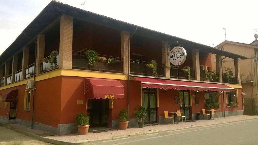 巴斯堤安康特拉里歐酒店