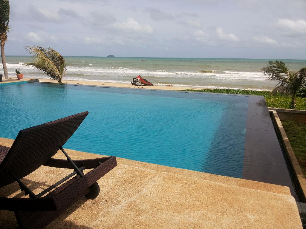 Villa Ravadee Resort & Spa