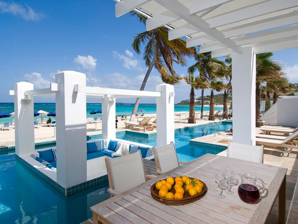 Coral Beach Club Villas & Marina