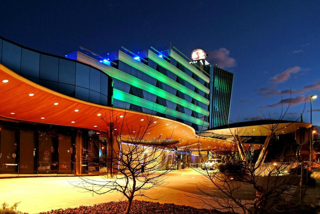 페르라 카지노 & 호텔