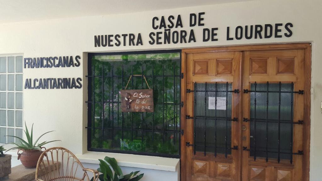 Casa de Acogida y Spiritualidad Nuestra Señora de Lourdes