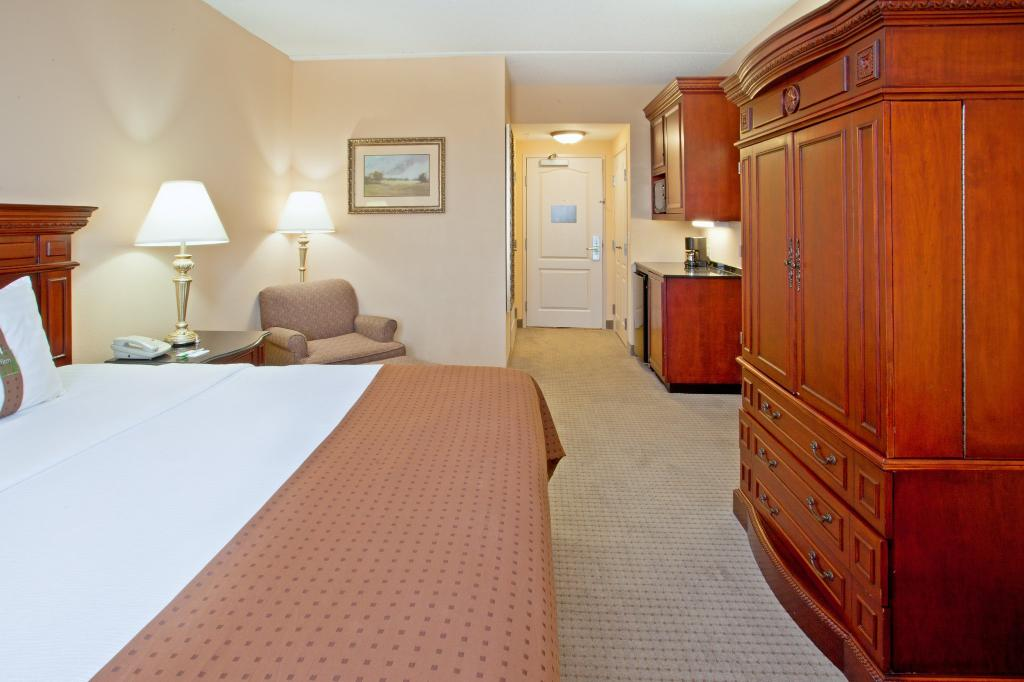 Holiday Inn Hotel & Suites Aggieland