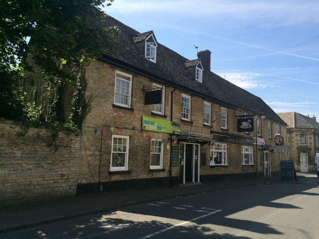 ‪The Swan Eynsham‬