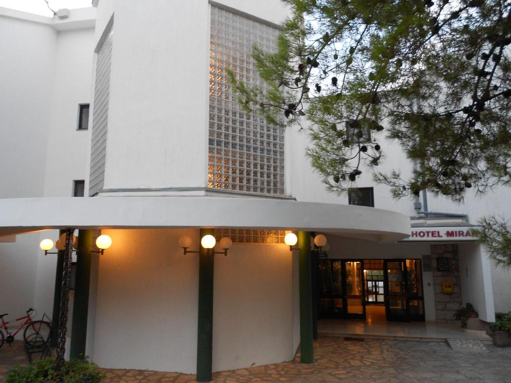 호텔 미란 피로바치
