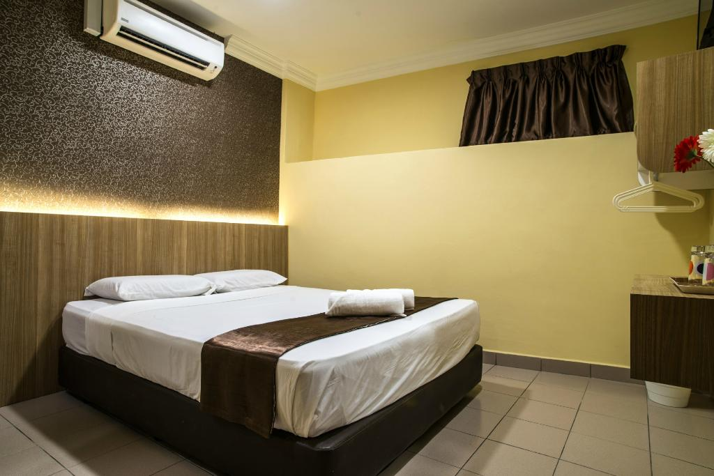 Dragon Inn Premium Hotel
