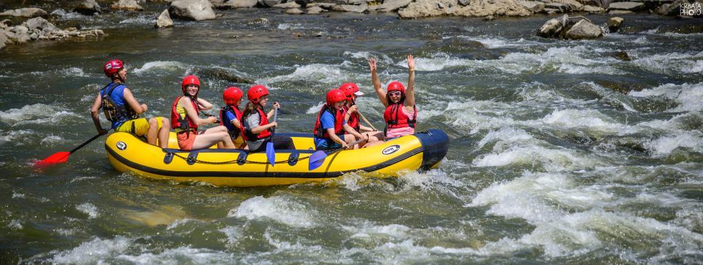 Splavujeme.sk - rafting, canoeing, boat rental