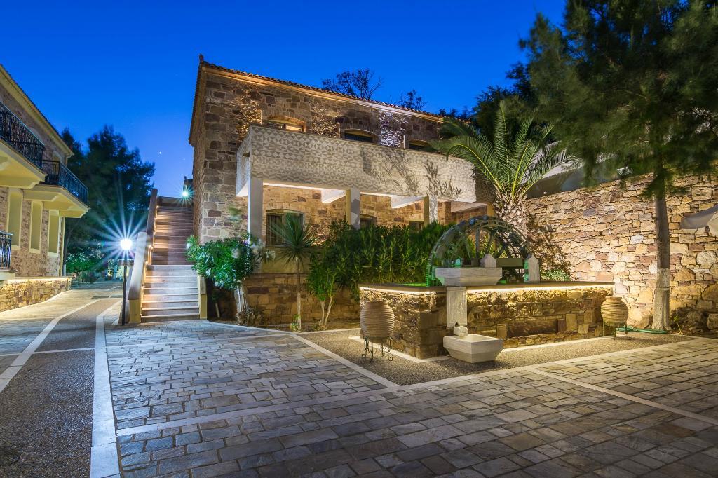 Grecian Castle Hotel