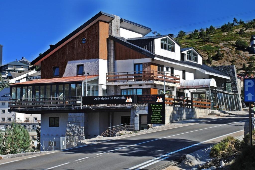 El Corzo Mountain Hotel