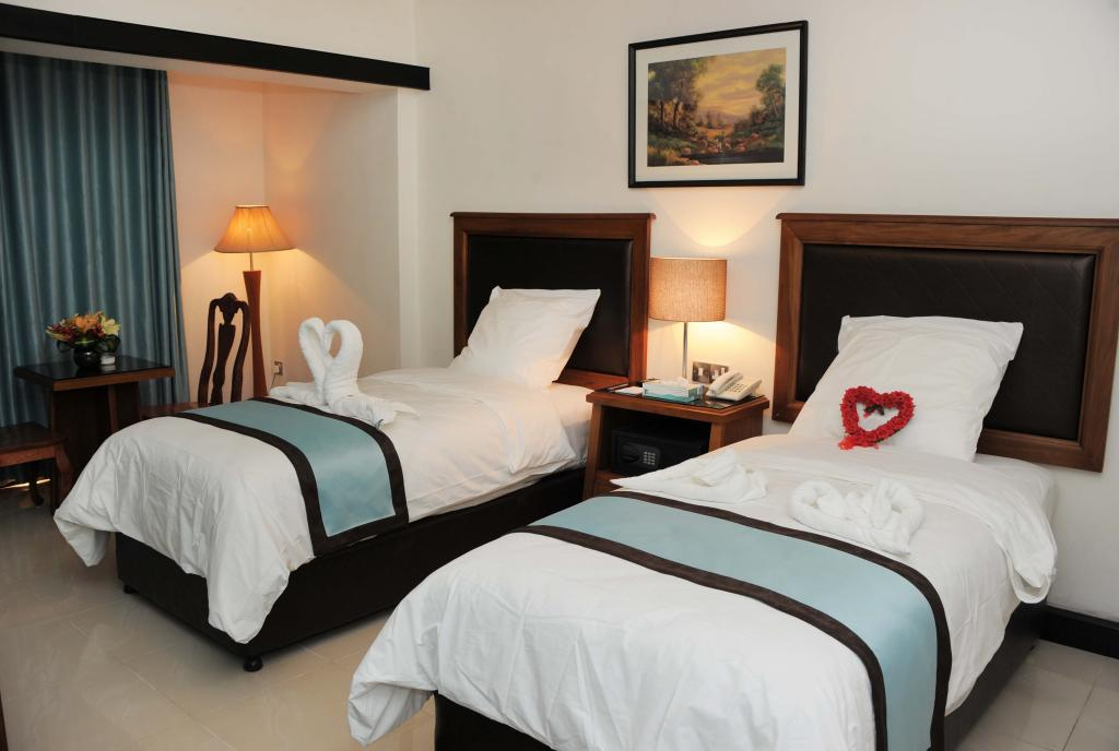 Rae'd Hotel Suites