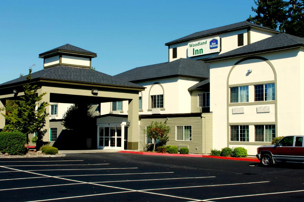 Best Western Woodland Inn