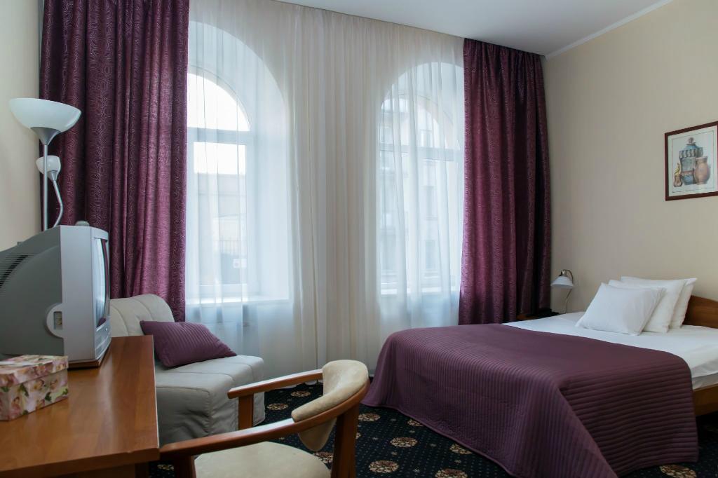 Columb Hotel