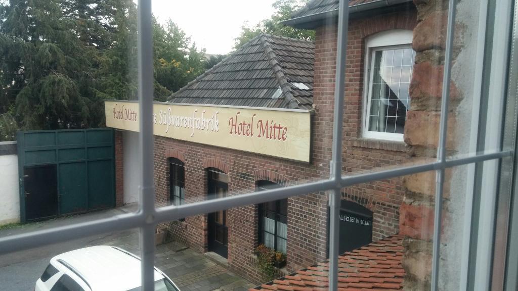 """Hotel Mitte """"Alte Susswarenfabrik"""""""