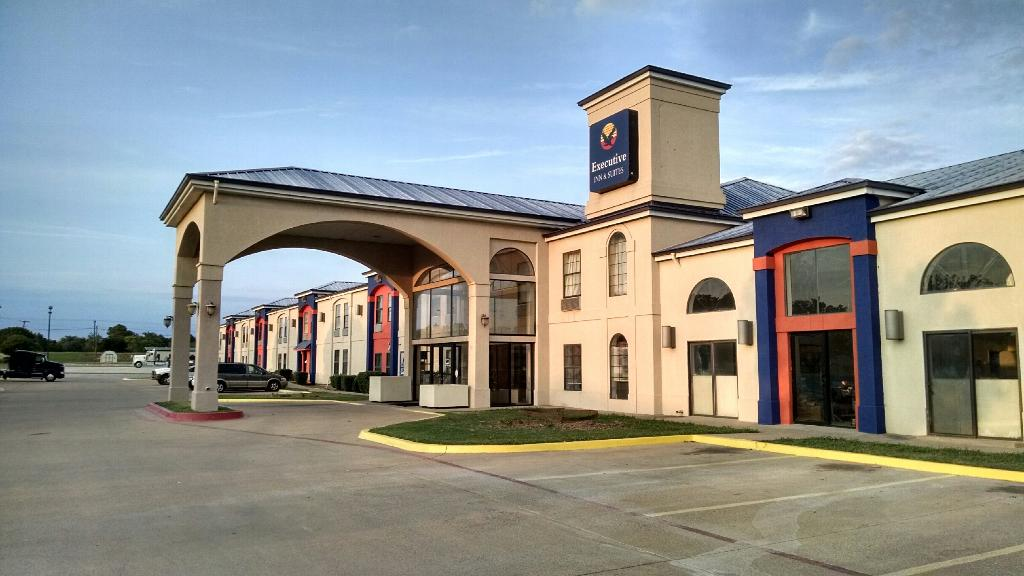 ‪Executive Inn and Suites Wichita Falls‬