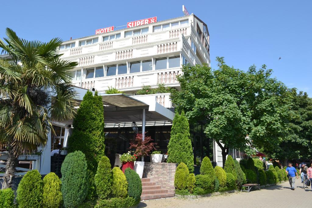 호텔 수퍼 8