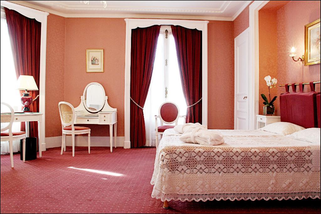 Normandy Hotel