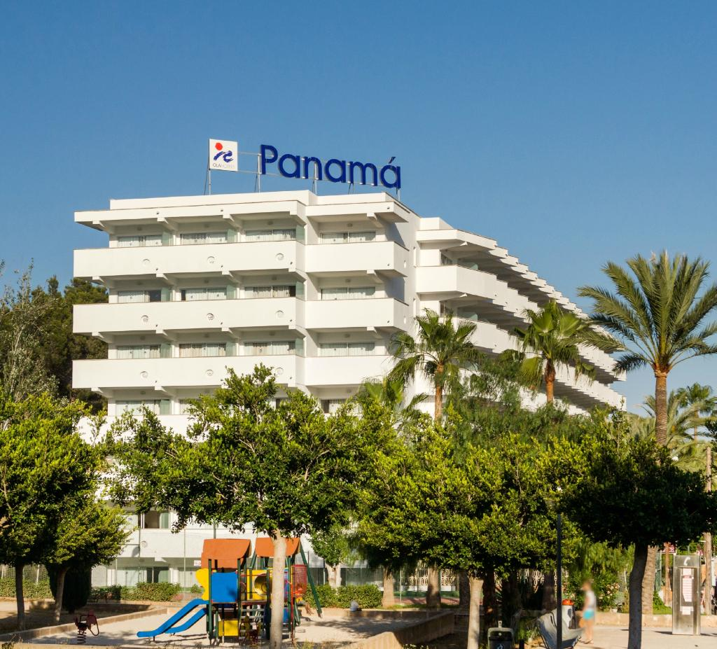 Ola Club Panama
