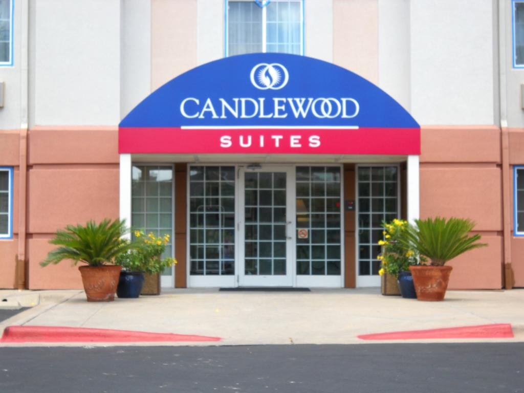 Candlewood Suites - Austin Arboretum-Northwest
