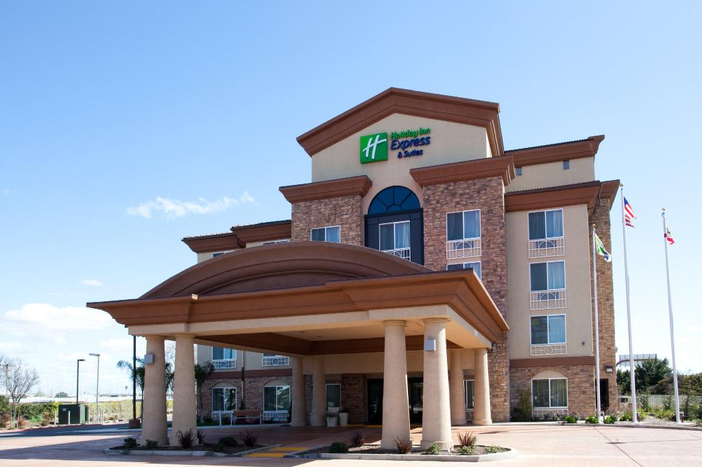 ‪Holiday Inn Express Hotel & Suites Fresno South‬