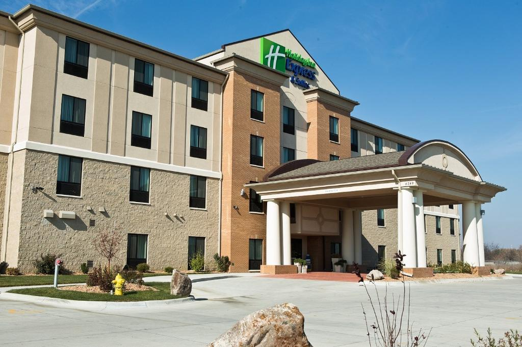 ‪Holiday Inn Express & Suites Urbandale‬