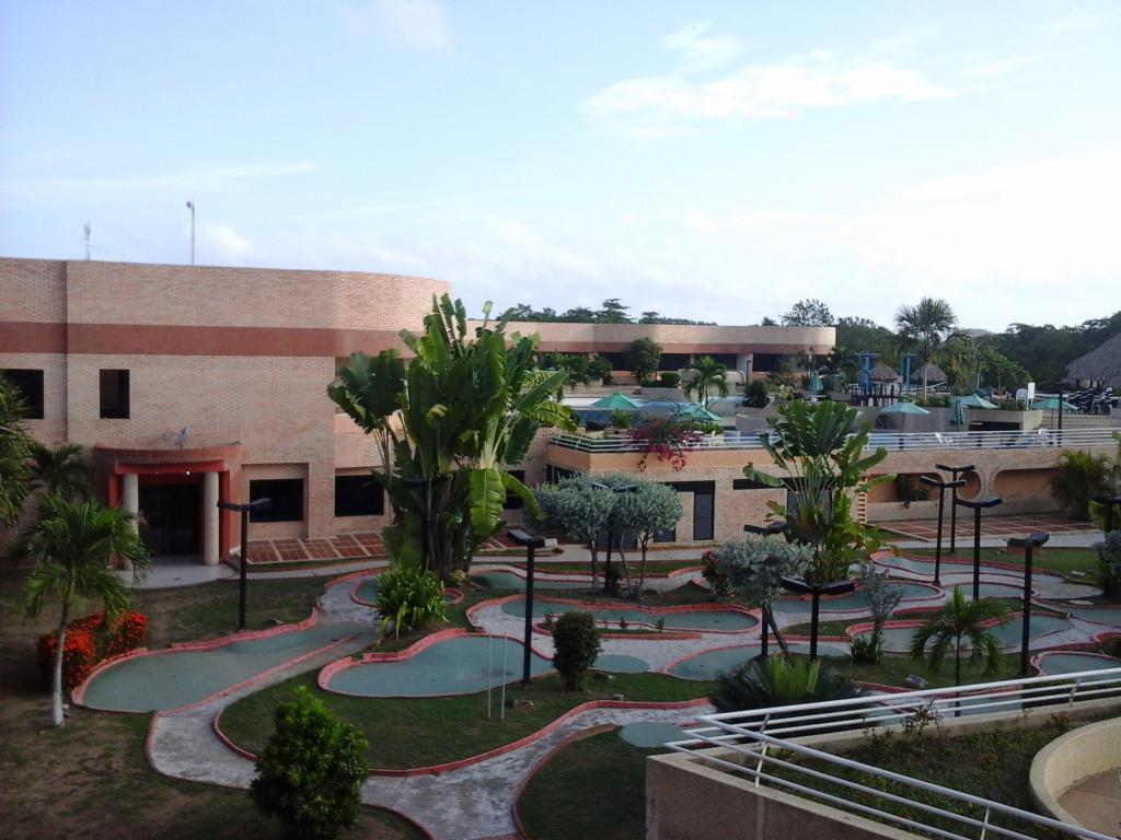 Las Olas Resort
