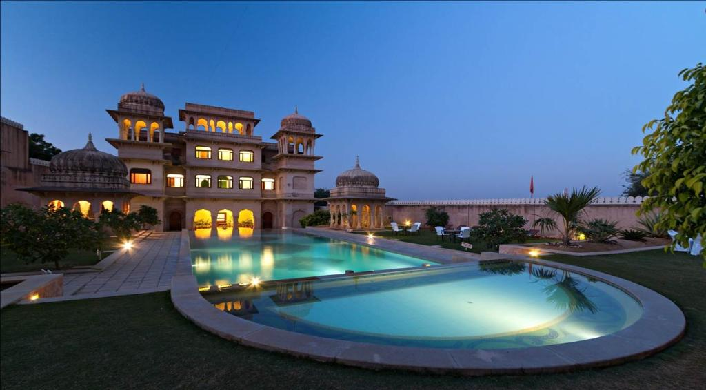 Castle Mandawa Hotel