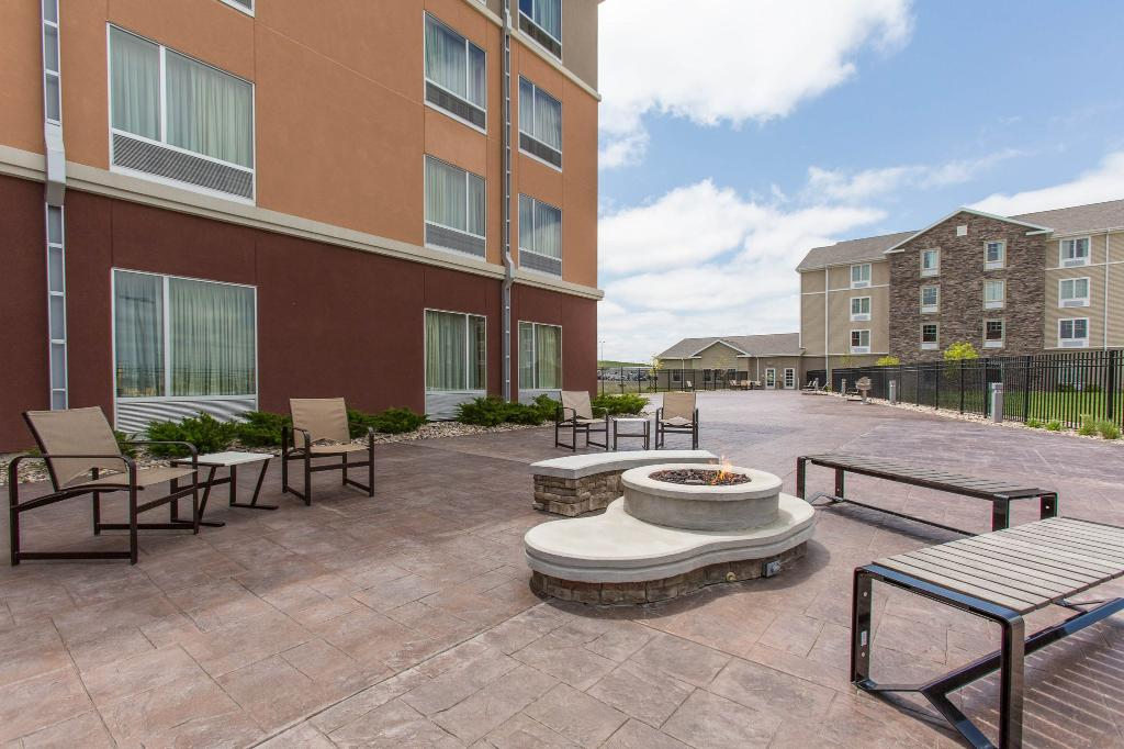 Cambria Hotel & Suites Rapid City