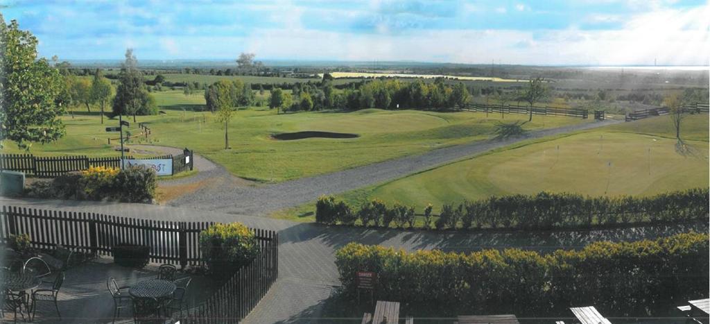 Langdon Hills Golf, Country Club & Hotel