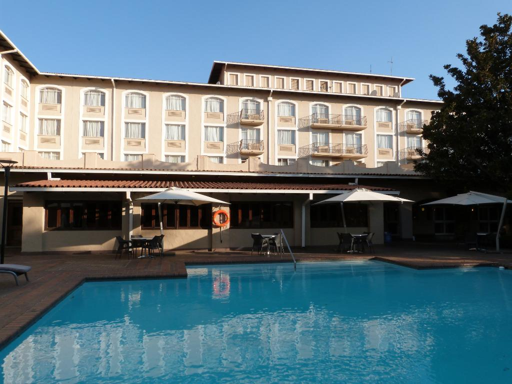 坦博国际机场庭院酒店