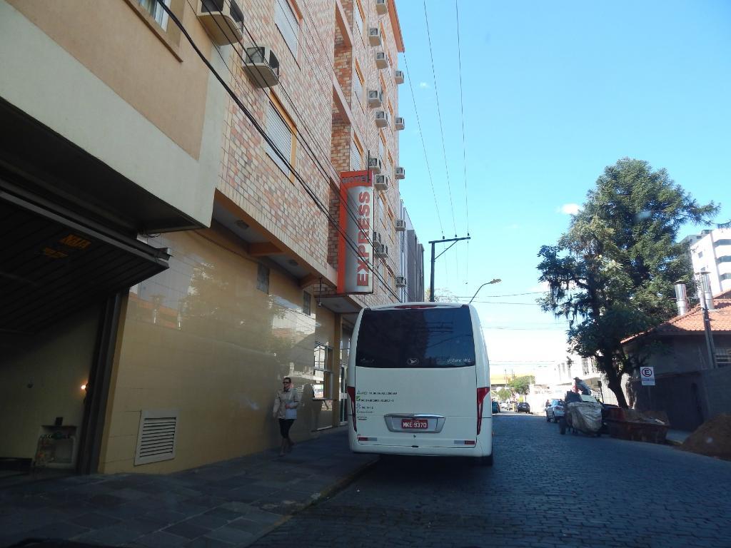 ホテル エクスプレス サン レオポルド